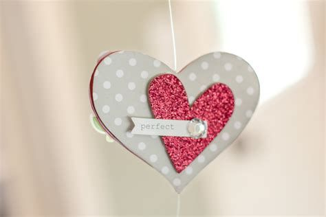 Impressive Valentines Day Hotel Lobby Decorations Ideas 30
