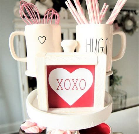 Stunning Diy Farmhouse Valentine Decor Ideas 06