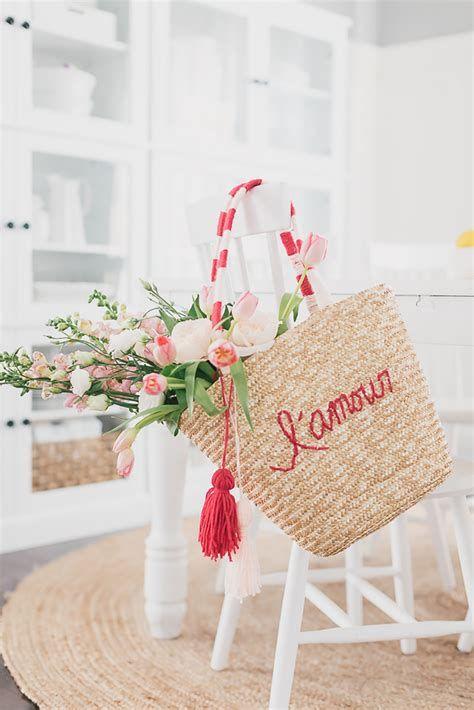 Stunning Diy Farmhouse Valentine Decor Ideas 13