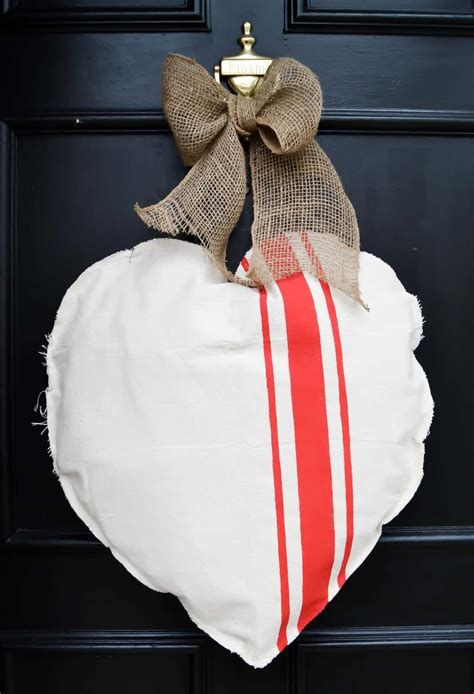 Stunning Diy Farmhouse Valentine Decor Ideas 25