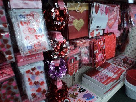 Stunning Family Dollar Valentines Decor Ideas 12