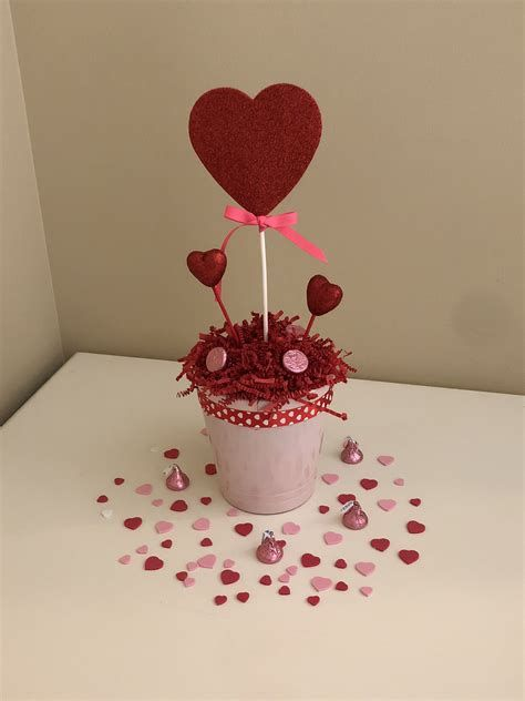 Stunning Family Dollar Valentines Decor Ideas 18