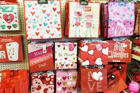 Stunning Family Dollar Valentines Decor Ideas 26