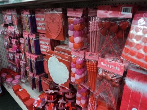 Stunning Family Dollar Valentines Decor Ideas 43