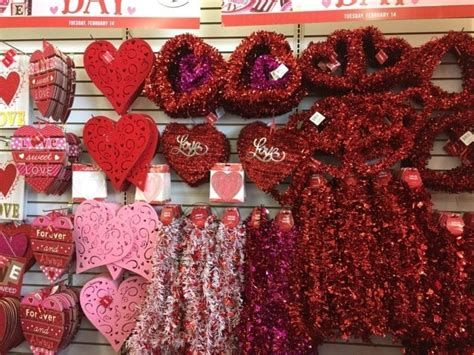 Stunning Family Dollar Valentines Decor Ideas 44