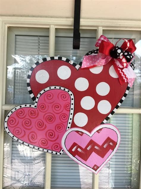 Stunning Valentines Day Door Decorating Ideas Ideas 01