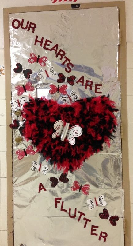 Stunning Valentines Day Door Decorating Ideas Ideas 07