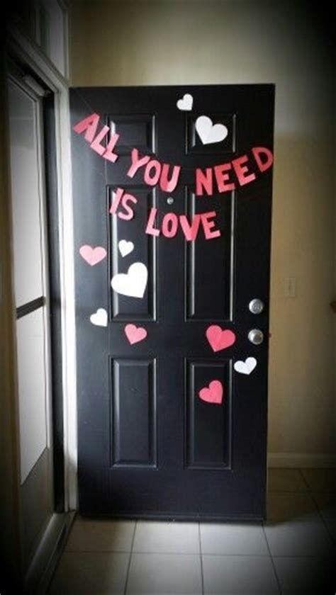 Stunning Valentines Day Door Decorating Ideas Ideas 08