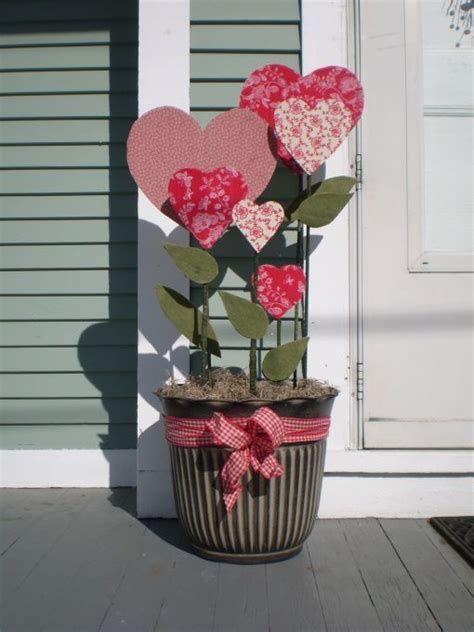 Stunning Valentines Day Door Decorating Ideas Ideas 11