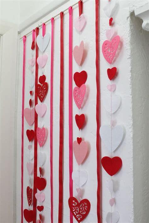 Stunning Valentines Day Door Decorating Ideas Ideas 12
