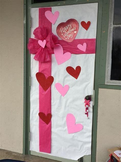 Stunning Valentines Day Door Decorating Ideas Ideas 15