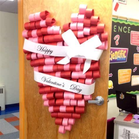Stunning Valentines Day Door Decorating Ideas Ideas 22