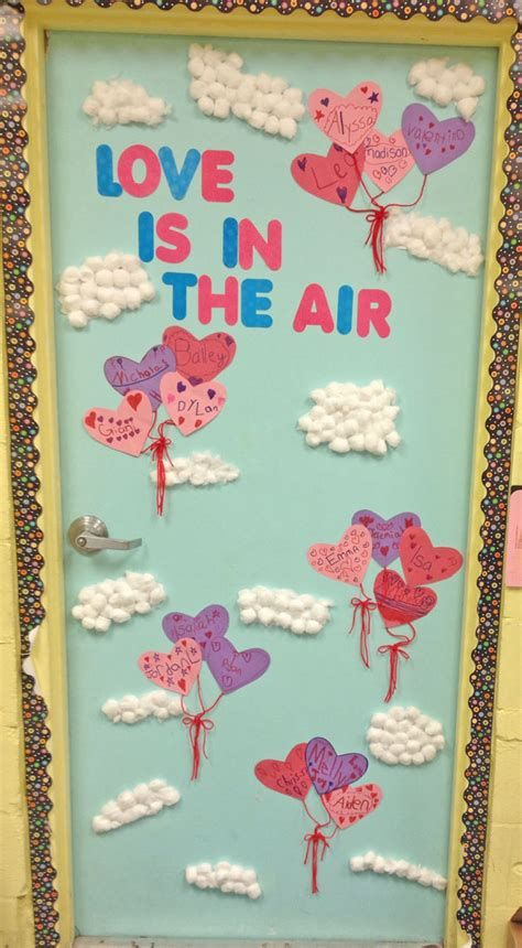 Stunning Valentines Day Door Decorating Ideas Ideas 24