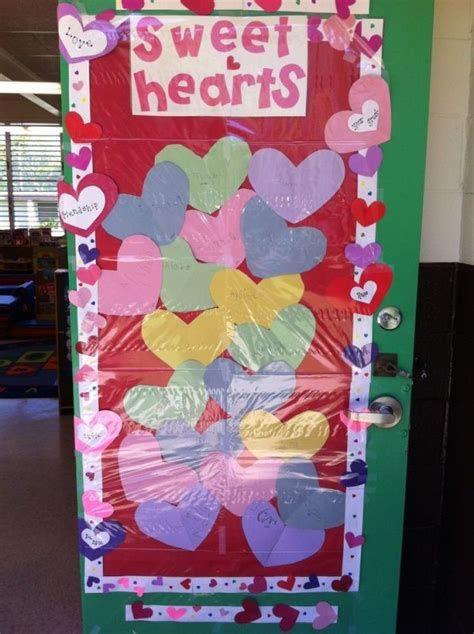 Stunning Valentines Day Door Decorating Ideas Ideas 25