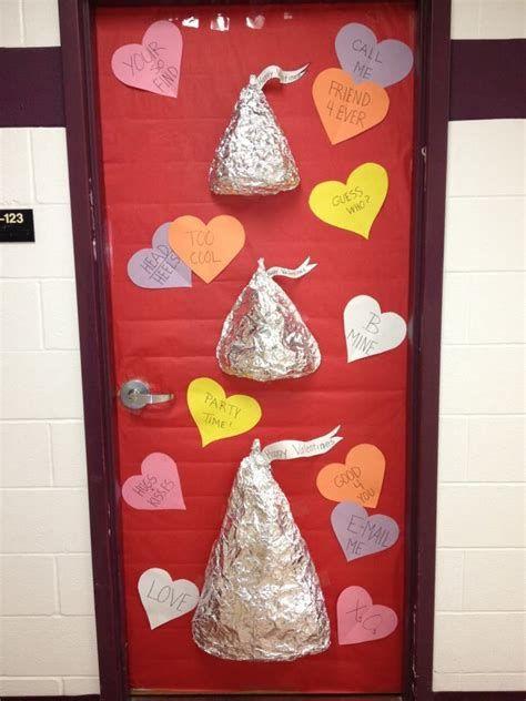 Stunning Valentines Day Door Decorating Ideas Ideas 28