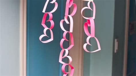Stunning Valentines Day Door Decorating Ideas Ideas 29