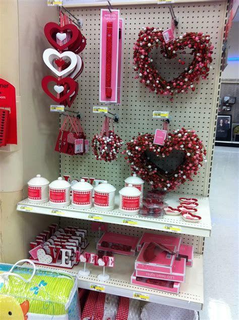 Warm Valentines Decoration Cutouts Ideas 08