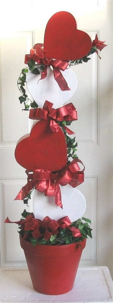 Warm Valentines Decoration Cutouts Ideas 22