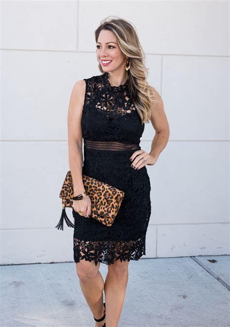 Adorable Black Dress For Valentine Day 18
