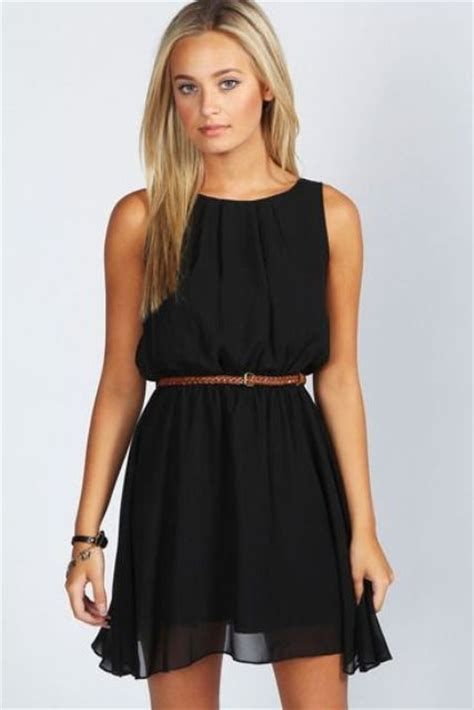 Adorable Black Dress For Valentine Day 23