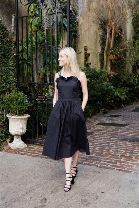 Adorable Black Dress For Valentine Day 32