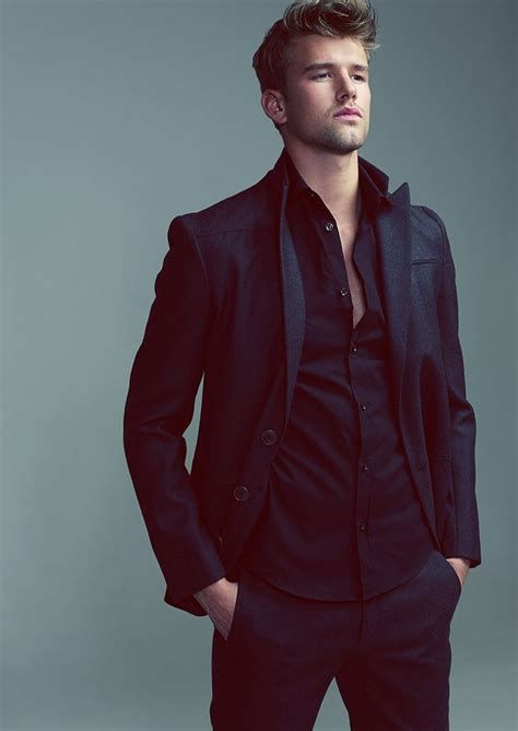 Adorable Mens Valentines Day Outfits 25