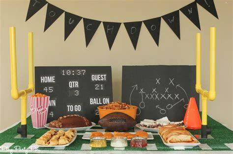 Adorable Super Bowl Table Decoration Ideas 03