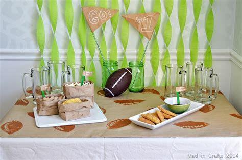 Adorable Super Bowl Table Decoration Ideas 08