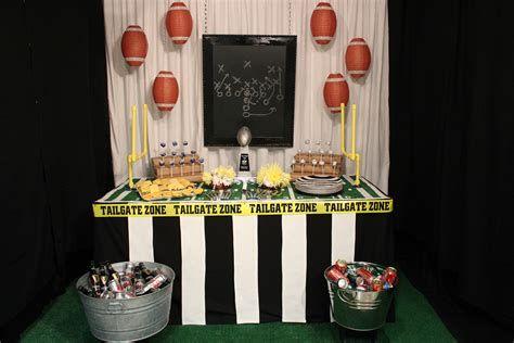 Adorable Super Bowl Table Decoration Ideas 13