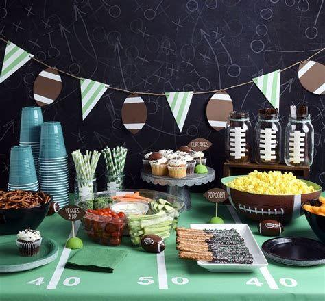 Adorable Super Bowl Table Decoration Ideas 16