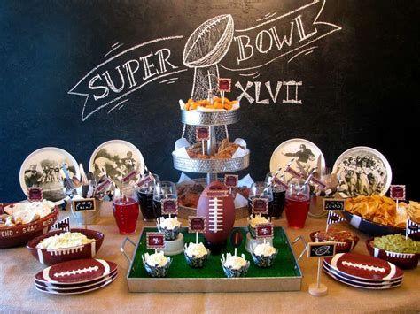 Adorable Super Bowl Table Decoration Ideas 17