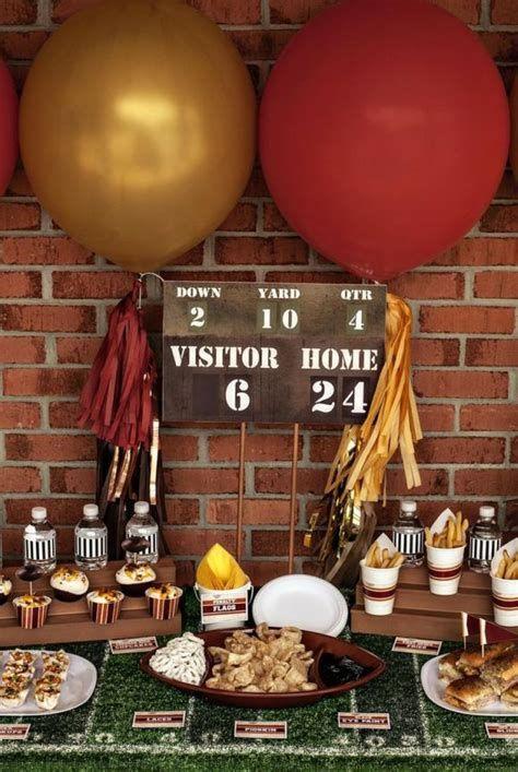 Adorable Super Bowl Table Decoration Ideas 18
