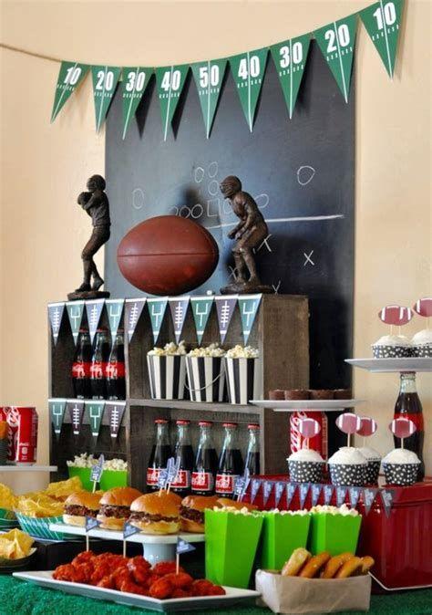 Adorable Super Bowl Table Decoration Ideas 29