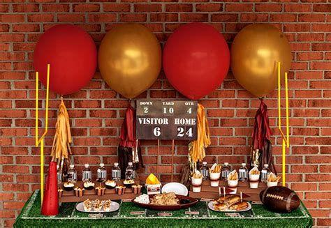 Adorable Super Bowl Table Decoration Ideas 35