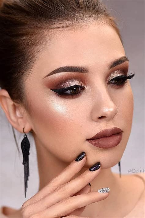 Adorable Valentines Day Makeup Look Ideas 04