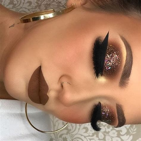 Adorable Valentines Day Makeup Look Ideas 09