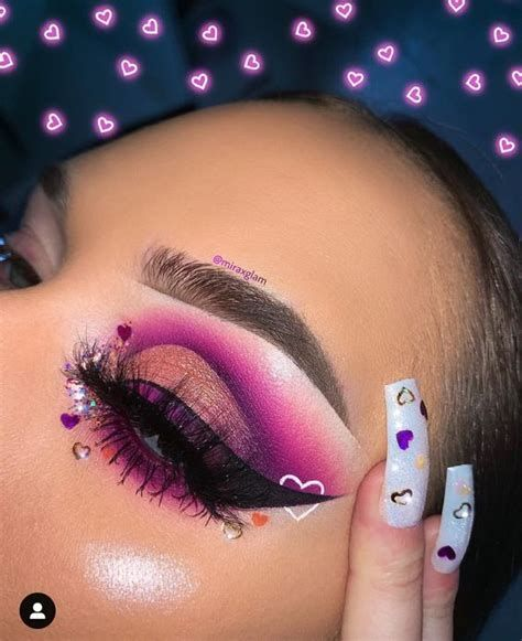 Adorable Valentines Day Makeup Look Ideas 18