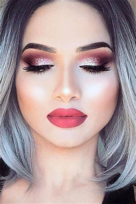Adorable Valentines Day Makeup Look Ideas 26