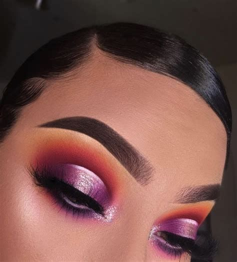 Adorable Valentines Day Makeup Look Ideas 30