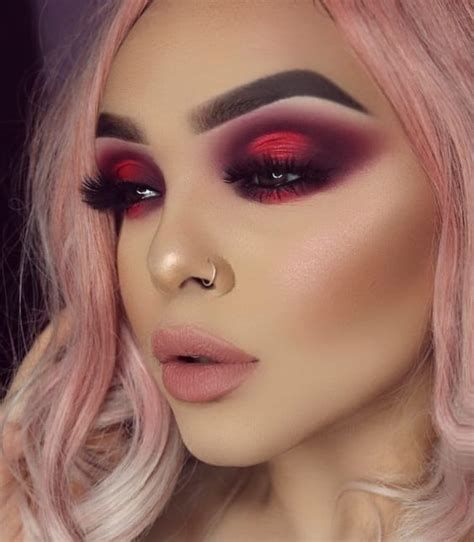 Adorable Valentines Day Makeup Look Ideas 41