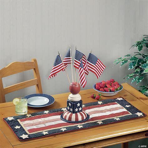 Amazing Patriotic Table Decorations Ideas 03