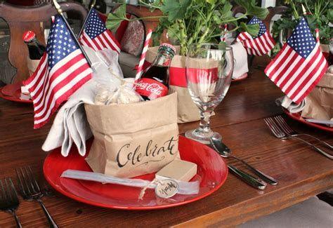 Amazing Patriotic Table Decorations Ideas 13