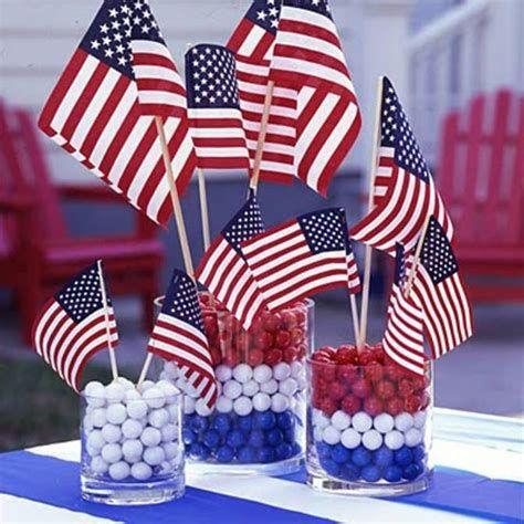 Amazing Patriotic Table Decorations Ideas 14