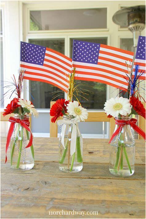 Amazing Patriotic Table Decorations Ideas 17