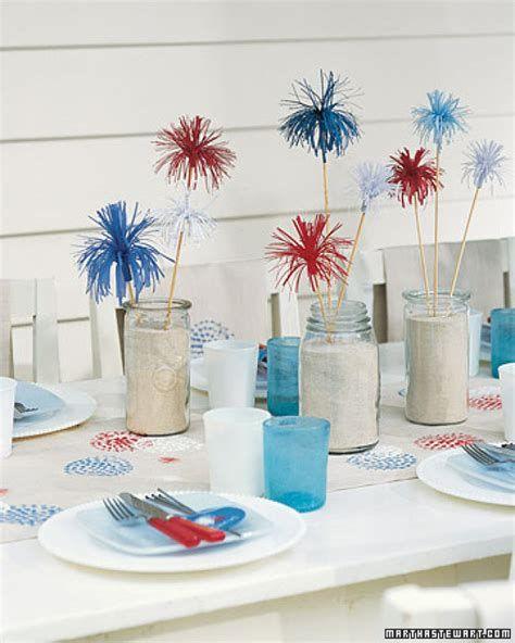 Amazing Patriotic Table Decorations Ideas 23