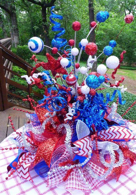 Amazing Patriotic Table Decorations Ideas 24
