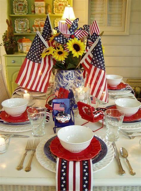 Amazing Patriotic Table Decorations Ideas 28