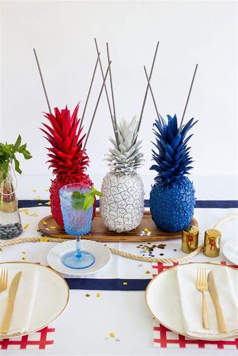 Amazing Patriotic Table Decorations Ideas 34