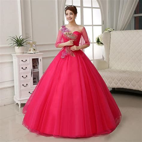 Amazing Pink And Red Dresses Ideas 19