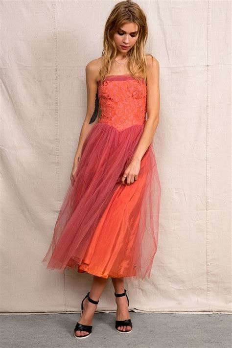 Amazing Pink And Red Dresses Ideas 40